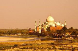 Por que o Taj Mahal virou amarelo?