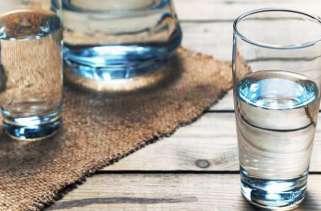 Por que a água fria tem um sabor melhor que a água morna?