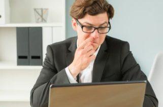 É possível evitar um espirro colocando as mãos sob o nariz?