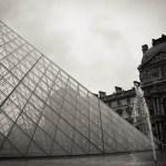 Le Louvre en N&B