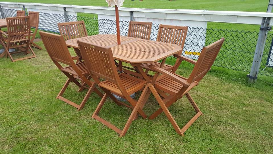Premium 6 Seat Wooden Furniture Hire