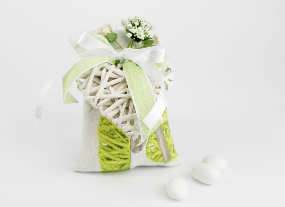 Sacchettino Porta confetti Shabby con cuoricino legno  Matrimonio  1 Comunione  Il pi vasto