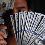Dolar AS Menguat Karena Pelaku Pasar Mencerna Sejumlah Data Ekonomi