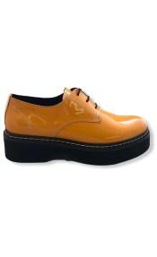 Δερμάτινο derby τύπου Dr. Martens λουστρίνι πορτοκαλί 40/0889 38