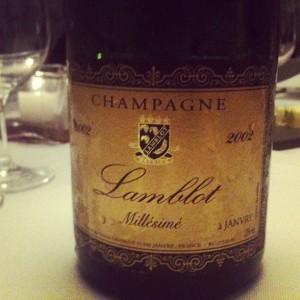 Primeira fotogarfia publicada no artigo Hedoniste, uma Importadora só de Champagne