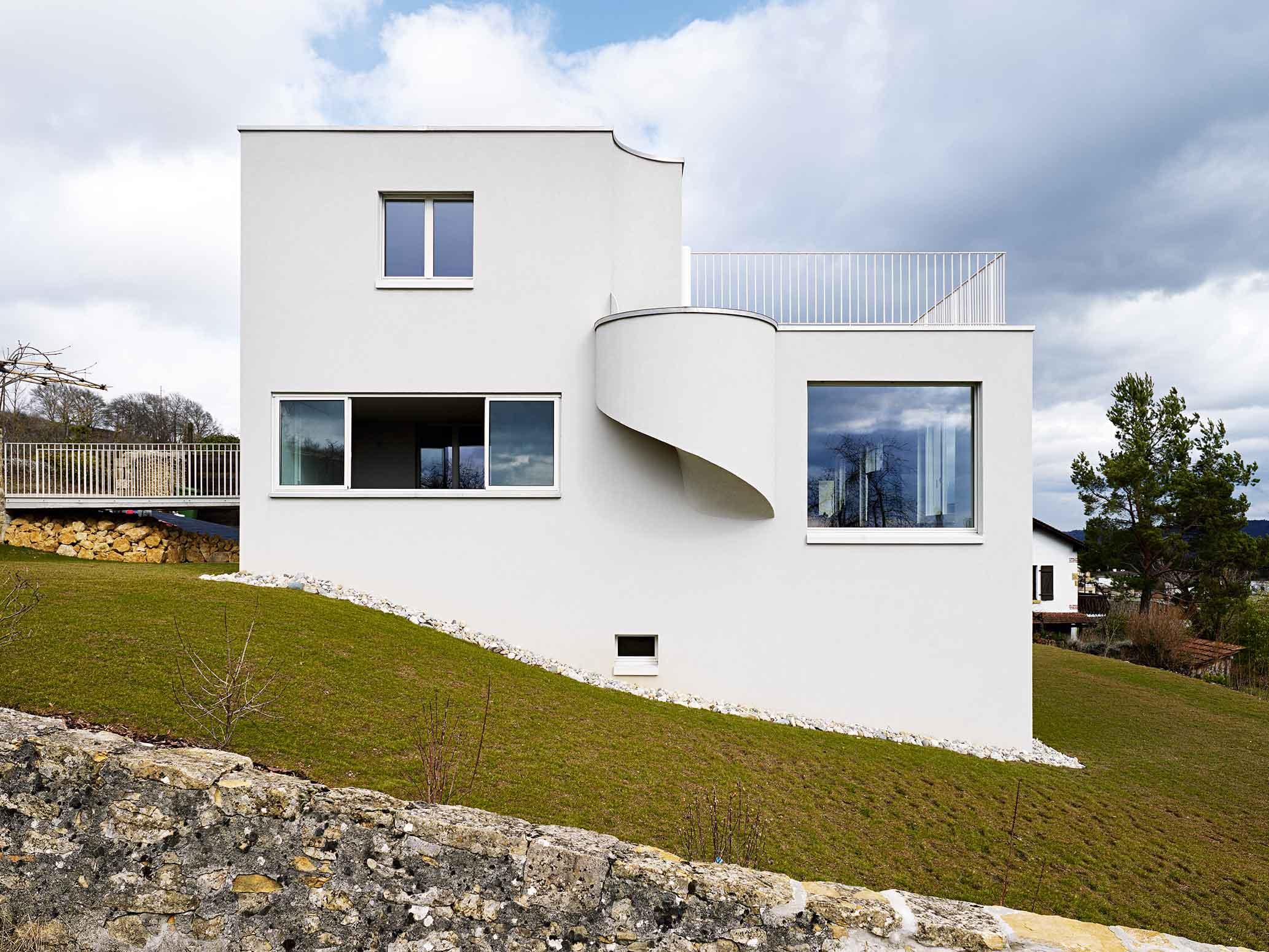 Eine moderne Burg  Moderne Einfamilienhuser