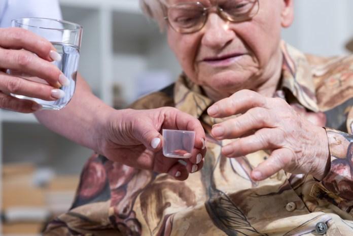 Unruhige Bewohner, meist demenziell Veränderte, werden mit Neuroleptika betäubt