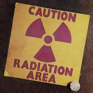 caution-radiation-area-copertina