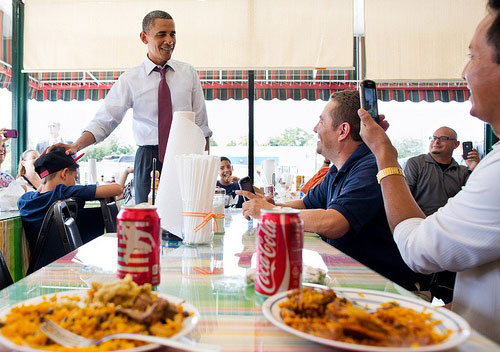 President-Obama at Lechonera-El-Barrio-restaurant