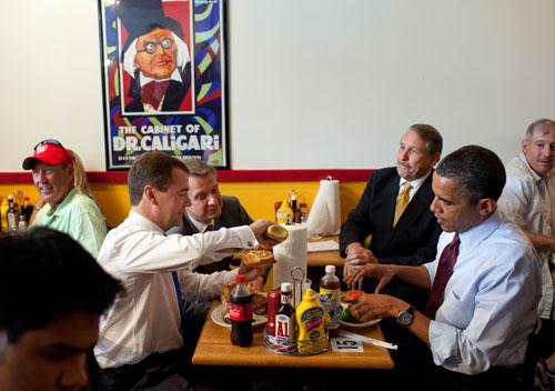 President-Obama at Ray's_Hell_Burger