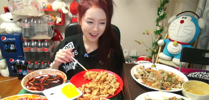 Mukbang-star in his country