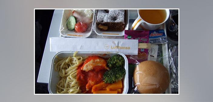 Lufthansa --- Dîner en classe économique