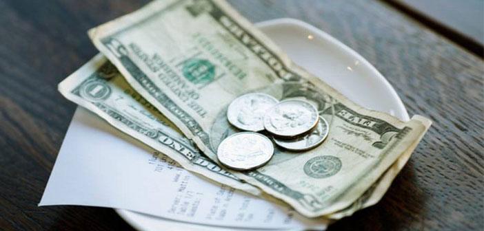 """Ils pratiquent ce qu'ils appellent & quot; économie cadeau"""" tandis que le client ne paie jamais, tout simplement fait une contribution à ceux qui arrivent plus tard peuvent manger."""