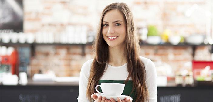 Ser camarero puede ser financieramente rentable y extremadamente flexible, por lo que una gran variedad de personas desempeñan este empleo: estudiantes universitarios, pluriempleados, artistas...