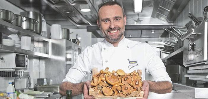 Rodrigo de la Calle, uno de los chefs españoles más destacados del panorama culinario español. Además, también es uno de los estandartes de la comida saludable manteniendo que la tendencia presente y futura es comer cada vez más sano.