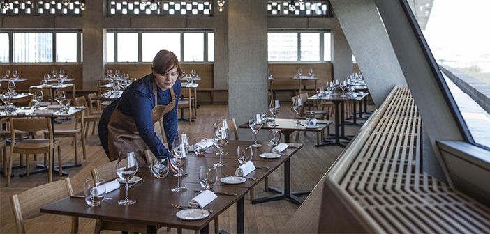 Deploying tablets to streamline operations in your restaurant.