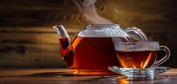 Ninguno de los tés se infusiona con agua que hierva, para evitar quemar la hoja. Un consejo: nunca calientes el agua en el microondas, no calienta de manera uniforme, con lo que infusionarás irregularmente.