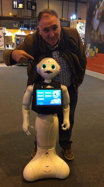 Le chef robot de José Andrés et pepperoni deux des étoiles de cette HIP2017