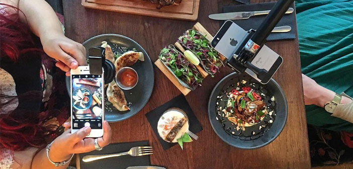 """Dirty Bones diners can benefit from the full special """"foodie-instagramer Kit"""" consisting of: LED light, a portable charger, a special lens and a tripod with selfie stick included."""