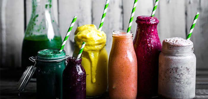 Smoothies are a drink made of plain yogurt, may be with or without sugar and fresh fruits. Sometimes, milk is added to the preparation remains more liquid.