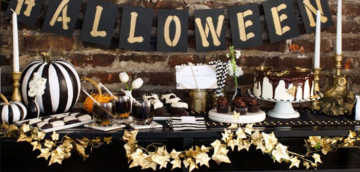 The options are endless depending on your style of business, from making a costume party with all the appropriate decoration, going through a menu or offering Halloween pumpkin dessert for that day.