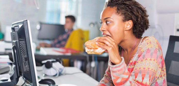 Le dernier conseil pour la nourriture saine, mais passe 8 heures par jour assis dans le bureau est un peu paradoxal, mais profiter un peu! Ce n'est pas à devenir une nourriture saine extrémiste, ce ne sera pas utile pour l'avenir.