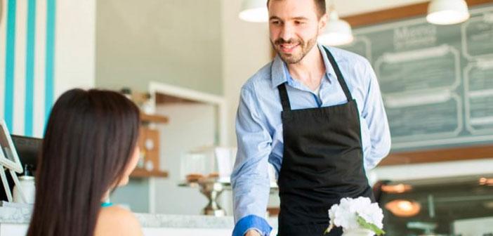 Chaque restaurant doit planifier leurs déplacements et travailleurs des horaires, et nous trouvons une grande variété de styles de gestion, en fonction des circonstances de chaque entreprise.
