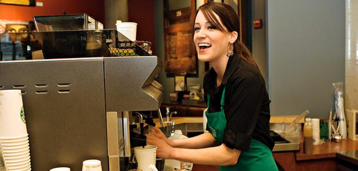 La seule critique que je peux soutenir ce nouveau Starbucks politique peut être l'inégalité qui peut générer de ceux qui ne sont pas affiliés à une banque, ou que les gens ne sont pas utilisés pour payer pour un produit comme le café avec une carte de crédit.