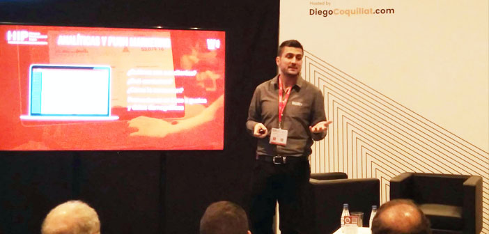 Its founder and CEO, Alejandro Etchegoyen, He is passionate about technology. Pictured in his workshop in Expo Hip.