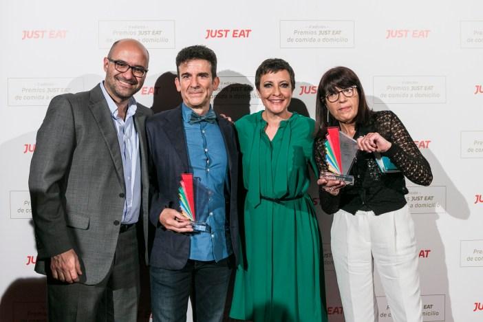 Jésus Rebollo, Country Manager Just Eat España, Yecla33 représentants et Eva Haché, hôte du gala