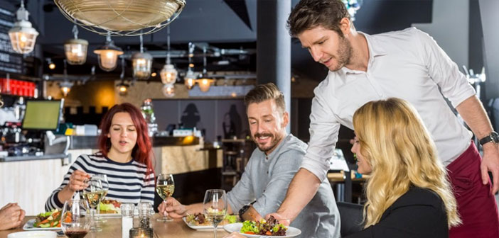 Es más inteligente incidir sobre la fidelización y ofertar un servicio excepcional mediante la aplicación de innovaciones para restaurantes de corte tecnológico.
