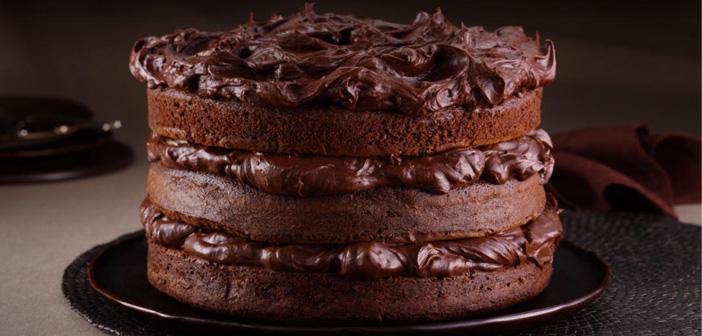 Créer un dessert spécial pour ce jour-là et le faire connaître dans tous vos canaux. Ou plutôt doux, crée quelque chose différente des réserves d'incitation: cocktails ou les ragoûts au chocolat.