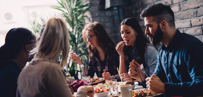 Les commentaires en ligne sont l'un des facteurs que les clients d'influence pour prendre leur décision d'achat, Lorsque la recherche de restaurants. Comment répondre de la manière la plus efficace? La clé est l'empathie.