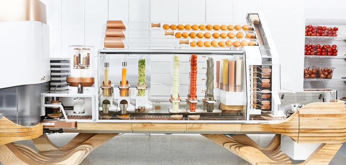 Après huit années de développement, hamburguesería robotisés de Vardakostas ouvert en Juin. Ainsi, le restaurant Créateur San Francisco.