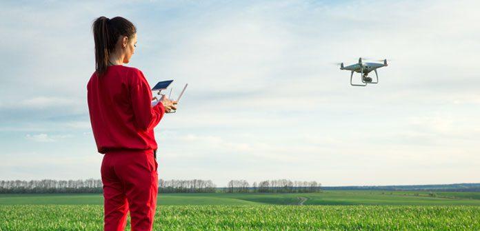 Golfistas y drones de reparto de comida conviven en el campo de golf King's Walk