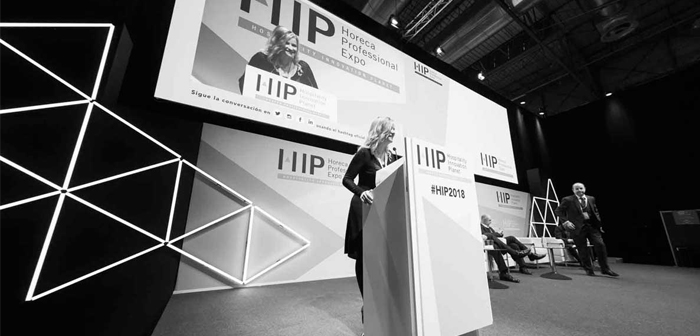 Director of Hospitality 4.0 Congress de HIP2019, Eva Ballarin, analyzes this year, define the main lines of work that will be developed over the three days of Congress and some of the essential points sessions to live HIP experience and get the most out.