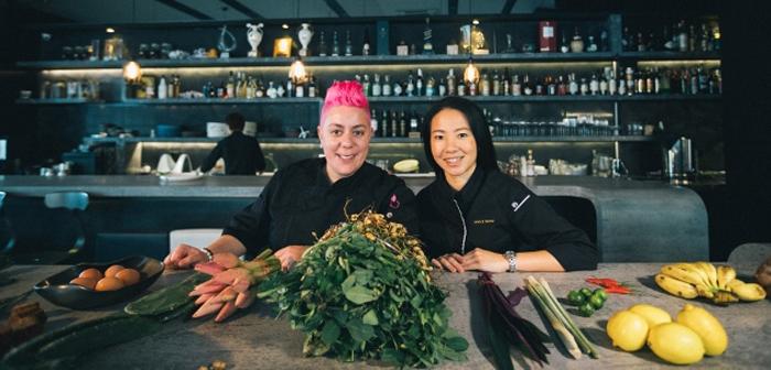 Durante 2018 se celebró en Sidney (Australia) y Singapur el SGxAUFoodies, una cena virtual en la que los comensales estaban separados por un especio de 6300 kilómetros. Colaboraron varios restaurantes prestigiosos, incluso algunos condecorados con estrellas Michelin.