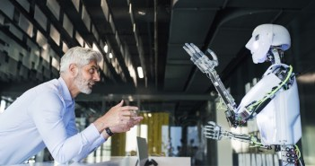 7 ejemplos de cómo los robots para restaurantes comienza a calar en EE. UU.