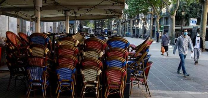 Il y a quelques heures, Mairie de Barcelone, a annoncé que jusqu'à 3.500 bars et restaurants sans terrasse, ils peuvent exceptionnellement avoir cette possibilité jusqu'à la fin de l'année