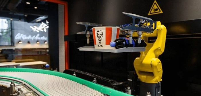 Passersby on the streets of Moscow can now visit their favorite fast food restaurant and be served by one of the robots that have settled there.