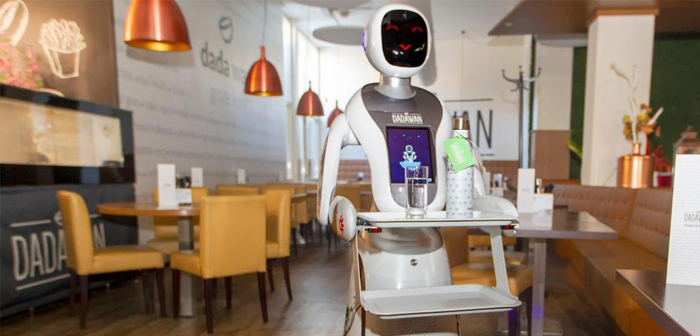Those responsible for the Asian fusion food restaurant also welcome the decision to acquire these three robots.