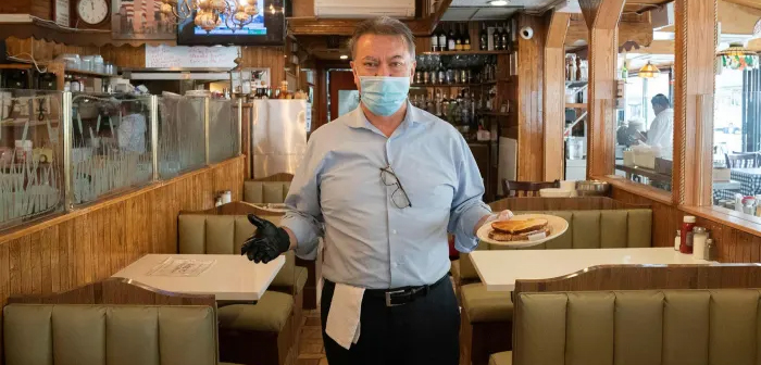 New York could lose 159.000 restaurant jobs due to the pandemic