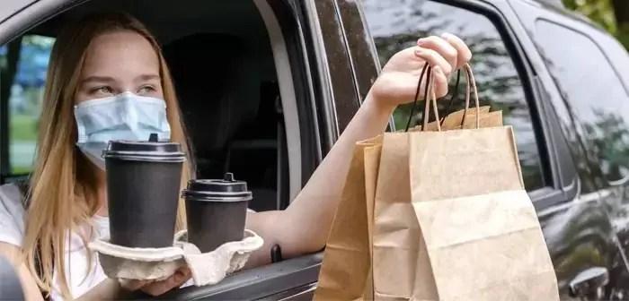 La recogida en la acera mejora la experiencia de usuario en los restaurantes.