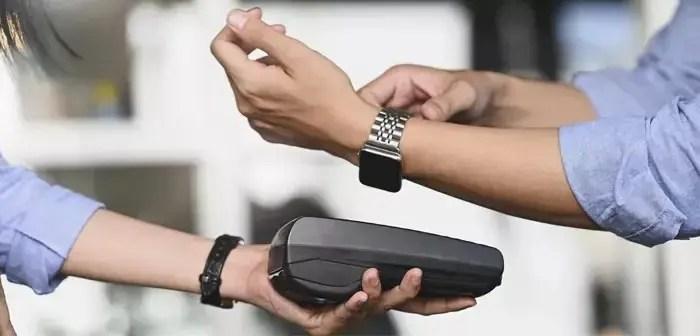 Avantages pour les restaurants et les clients des systèmes de paiement sans contact et des portefeuilles numériques.