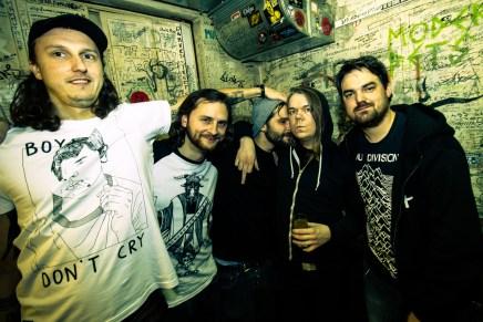 Insanity Alert, Closet Disco Queen, Goodbye Fairground, Ånd + Hey Ruin