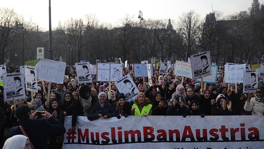 Avusturya'da Müslümanları zor bir süreç bekliyor'