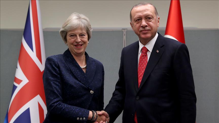 Cumhurbaşkanı Erdoğan'ın May ile görüştü