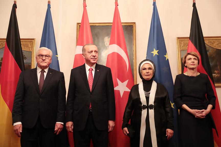 Erdoğan: PKK'nın Almanya'da binlerce mensubu elini kolunu sallaya sallaya dolaşmaktadır