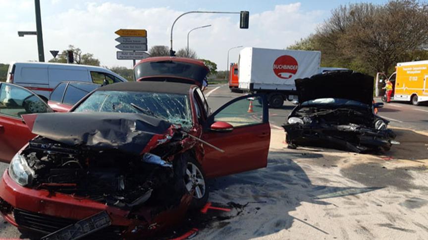 Gelsenkirchen'deki kazada 3 yaralı