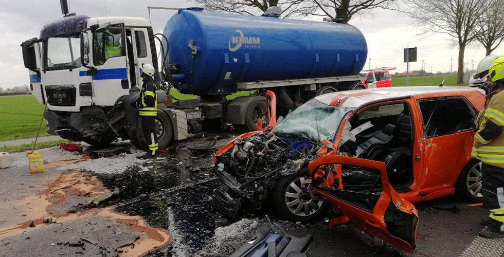 Otomobil ile tanker çarpıştı: 1 ölü